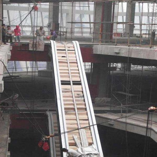 扶梯吊装公司