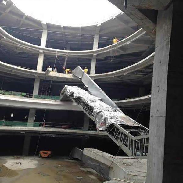 扶梯吊装作业